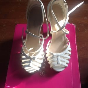 Lorin white heels